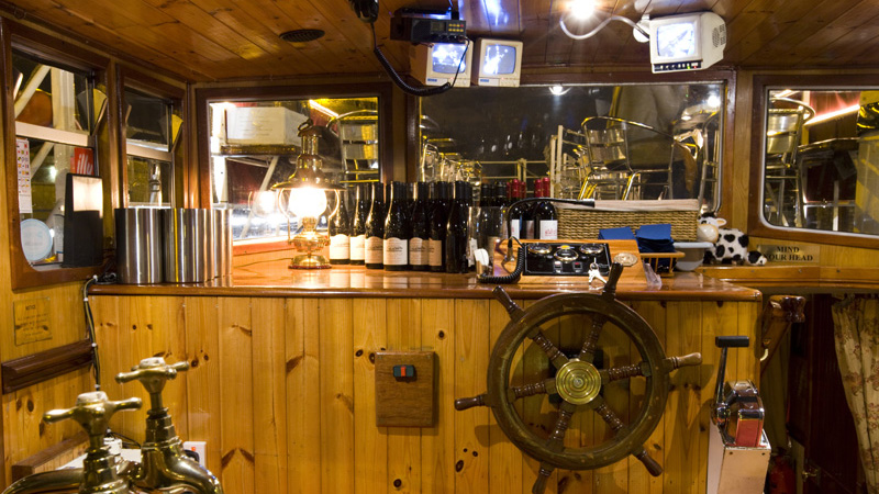 Wheelhouse on the MV Riasc